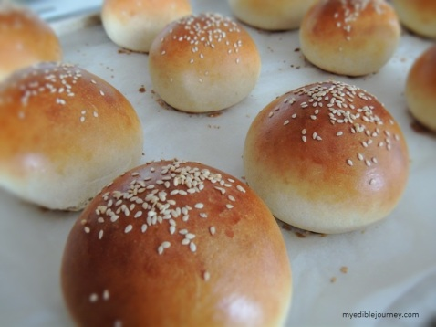 Hamburger Buns from myediblejourney.com