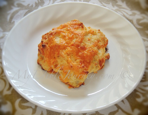 Savoury Apple Cheddar Biscuit | My Edible Journey